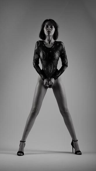 fay noir artistic nude photo by photographer richard benn