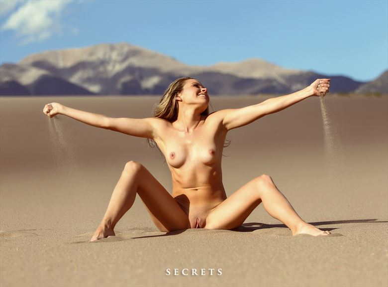 feel the sand artistic nude photo by model missmissy