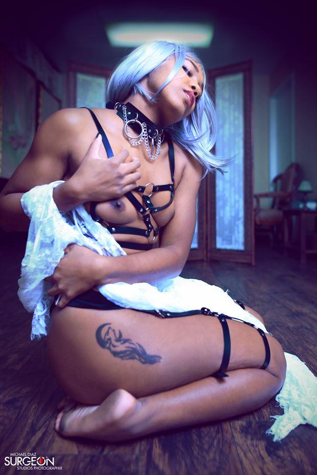 feeling of my skin artistic nude photo by model devoguechaneljohnson