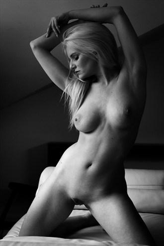 figure shadows Artistic Nude Photo by Photographer Howard G