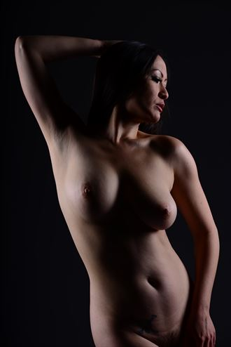 figure study artistic nude photo by photographer sweet enigma