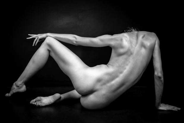 figures 1 artistic nude photo by photographer maiasphoto