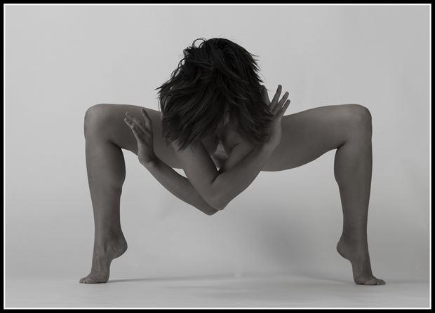 fingers high artistic nude photo by photographer tommy 2 s