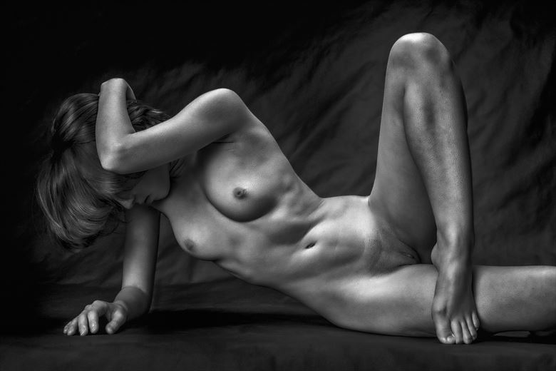 fingers toes 2 artistic nude photo by photographer rick jolson