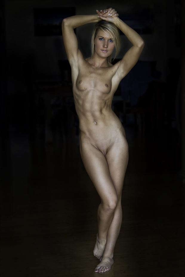 fit artistic nude photo by photographer danwarnerphotography