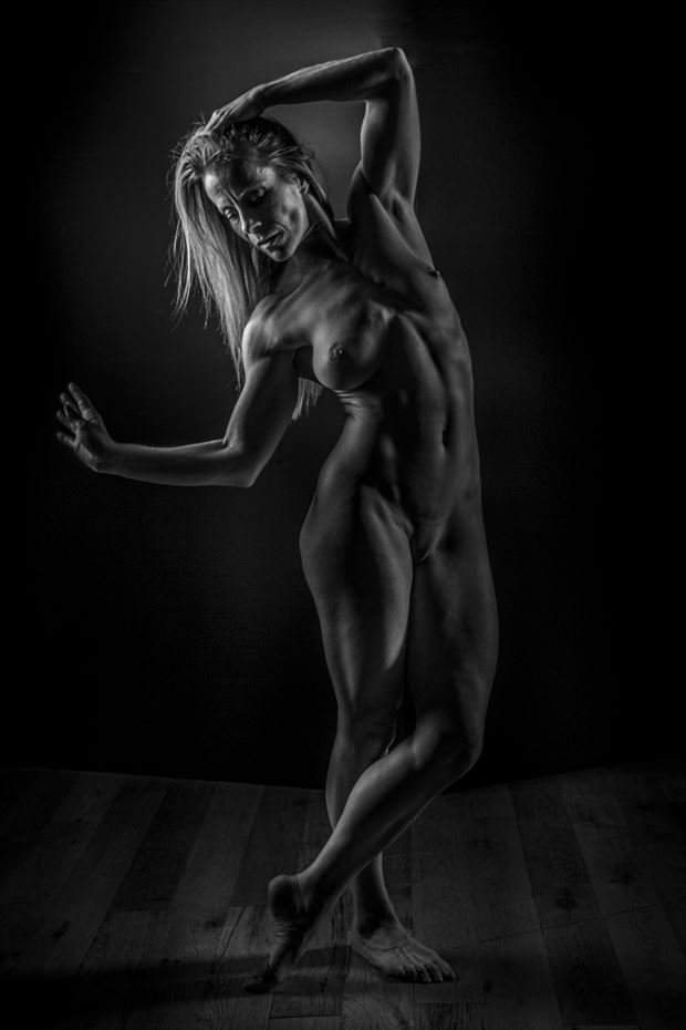 fit little dee artistic nude photo by photographer charterso
