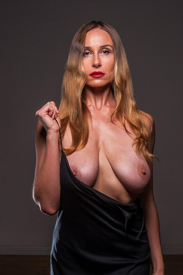 flawless sensations Artistic Nude Photo by Model Vassanta