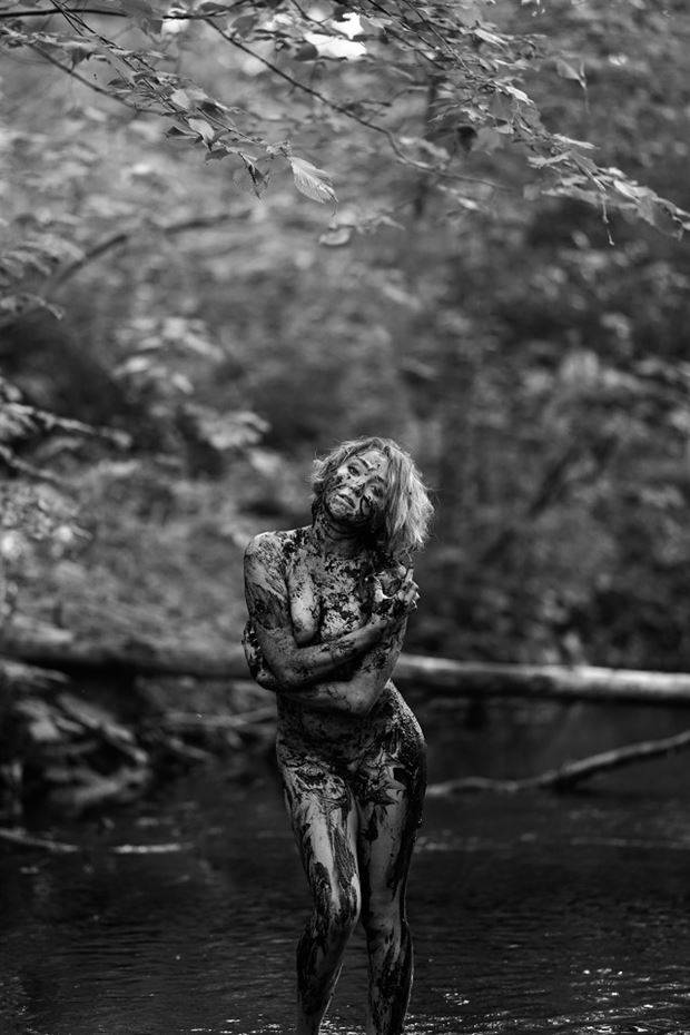 flesh and mud artistic nude photo by model cali layne