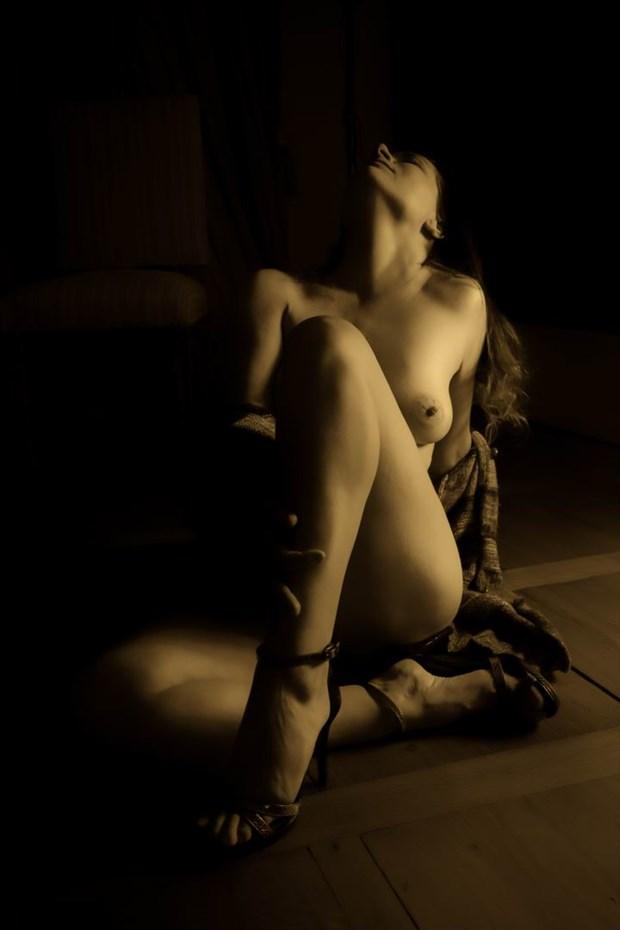 floored Artistic Nude Photo by Photographer BenGunn