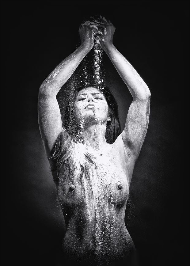 flour power iii artistic nude photo by photographer dsa157