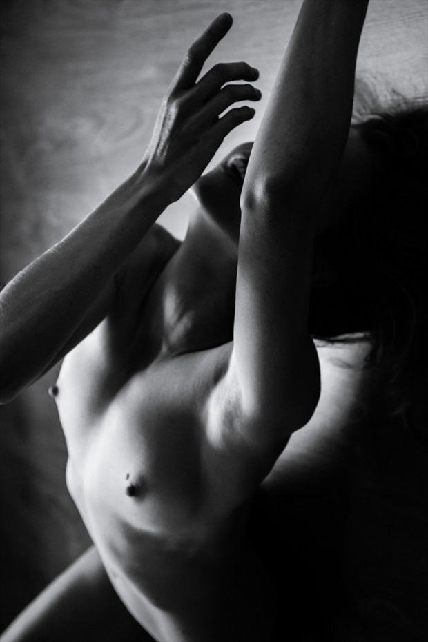 flow Artistic Nude Photo by Model Joanna
