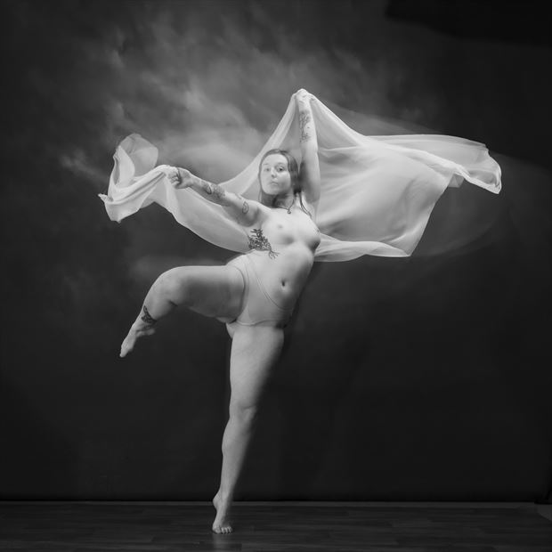 flowdance 1 artistic nude photo by photographer andrewmackay