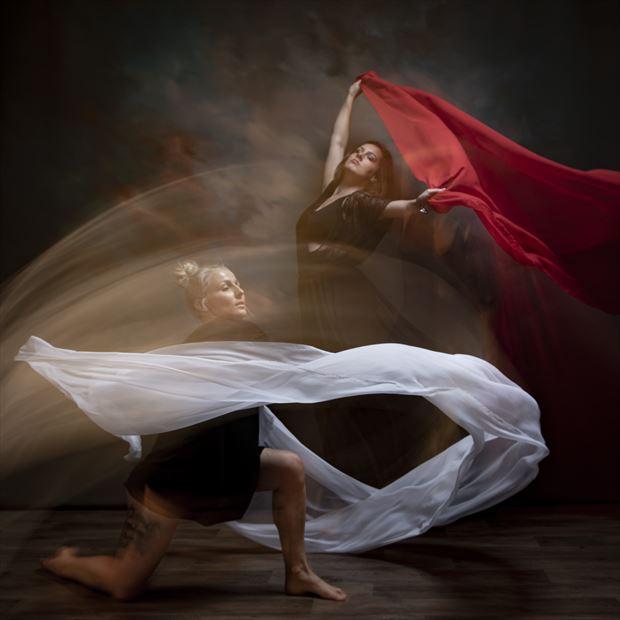 flowdance 5 studio lighting photo by photographer andrewmackay