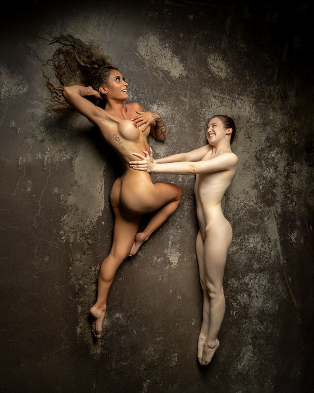 flying 1 artistic nude photo by photographer eric upside brown
