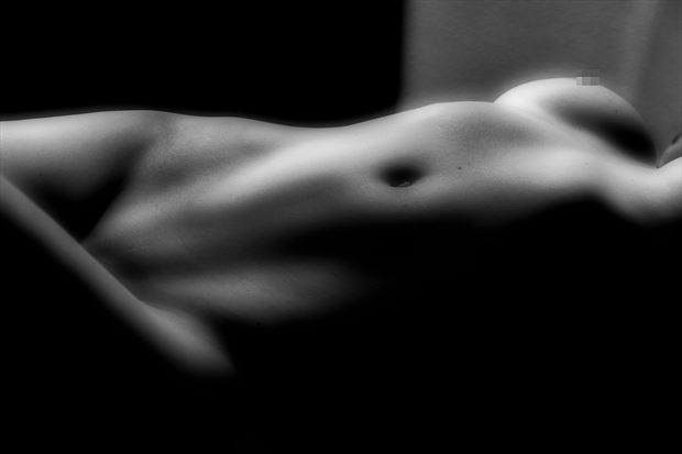 form artistic nude artwork by photographer dan stone photography