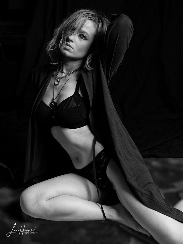 form_idable lingerie photo by photographer luke horne photography