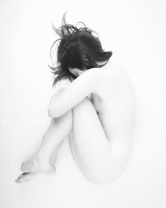 fragile artistic nude photo by photographer alejandro vaccarili