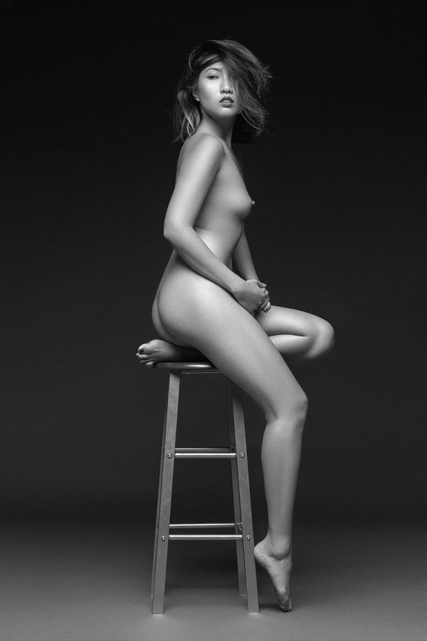frederic de fresart artistic nude photo by model minh ly