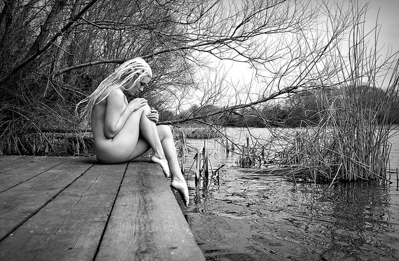 free Artistic Nude Photo by Photographer nigel kent