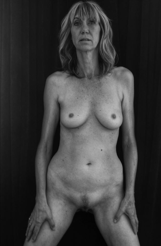 full frontal erotic photo by photographer dvan