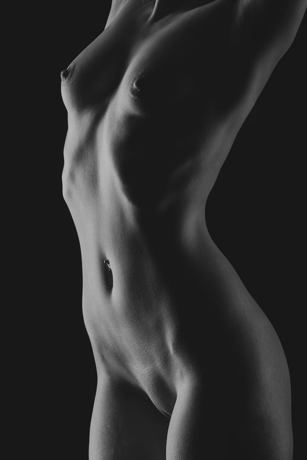 full nude bodyscape of violet artistic nude photo by photographer paul davies