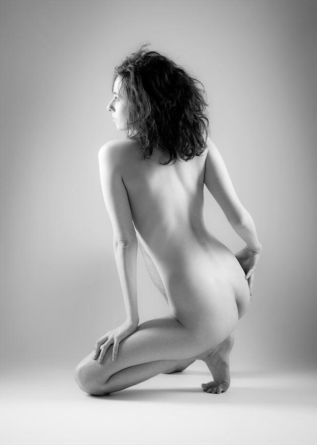 gaze artistic nude photo by photographer allan taylor