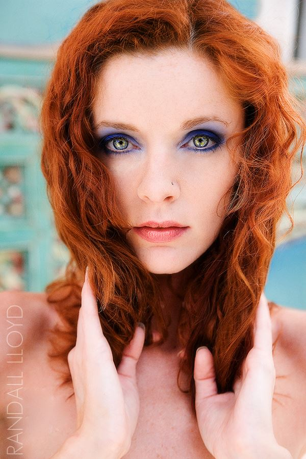 gaze portrait photo by photographer randall lloyd