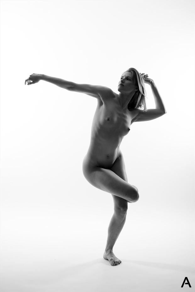georgia 2 artistic nude photo by photographer apetura