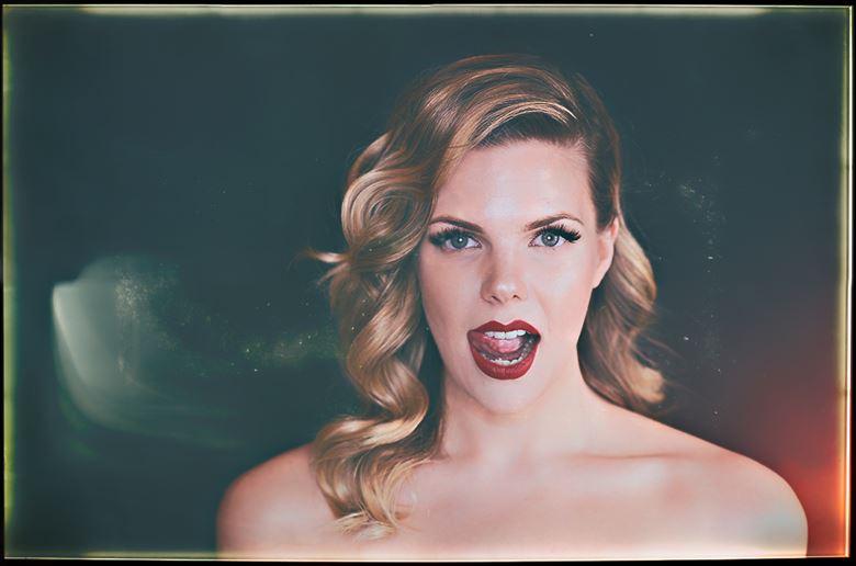 glamour chiaroscuro artwork by photographer emissivity