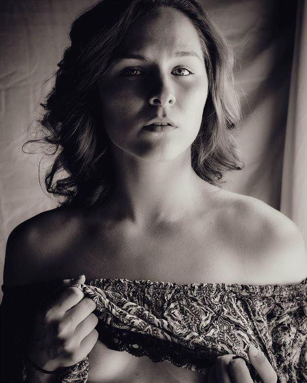 glamour chiaroscuro photo by photographer drup studios