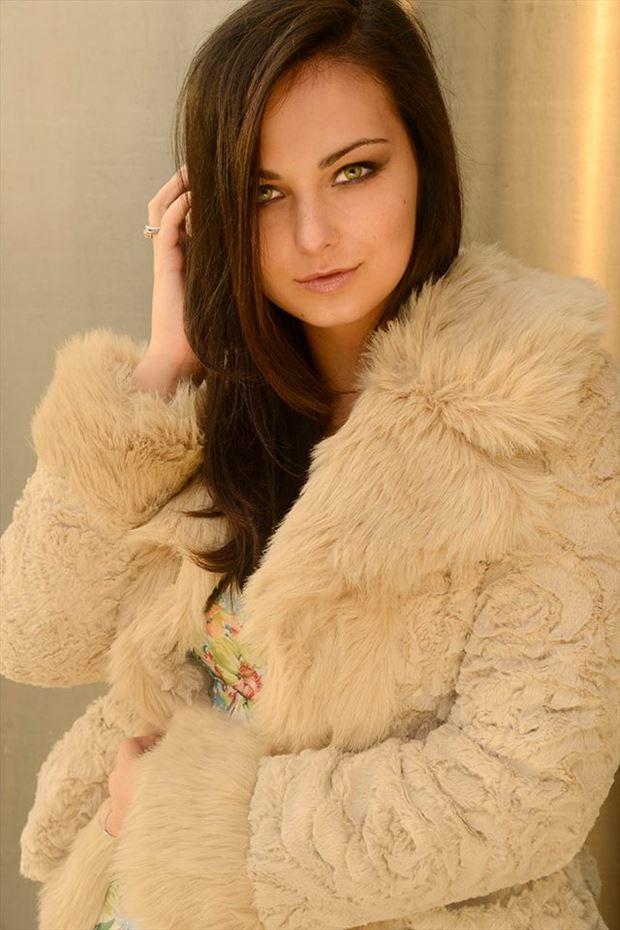glamour fashion photo by model lisa elias
