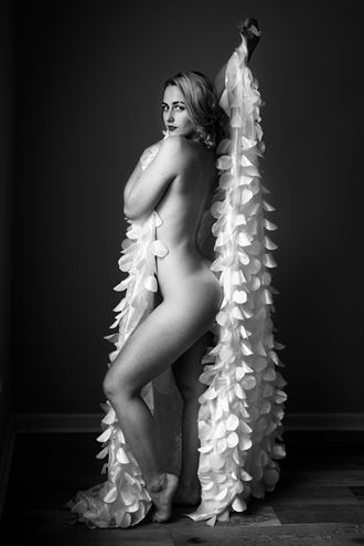 glamour implied nude photo by photographer stphoto