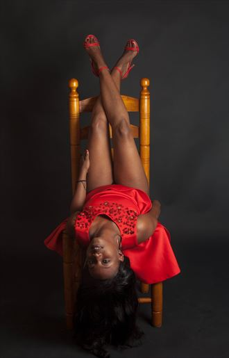 glamour pinup photo by photographer lesly alphonse