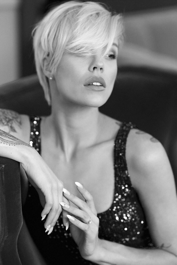 glamour portrait photo by photographer thomas berlin