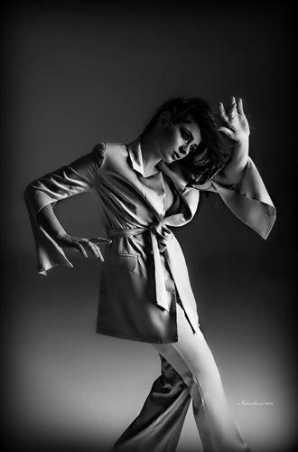 glamour studio lighting photo by photographer nikzart