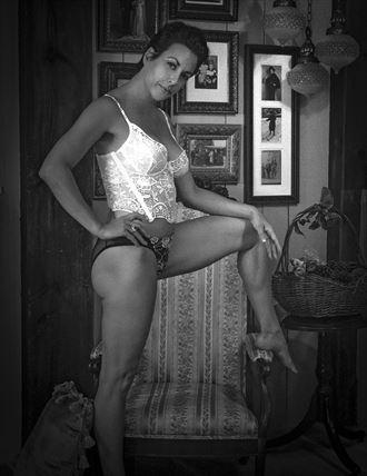 glamour studio lighting photo by photographer paka