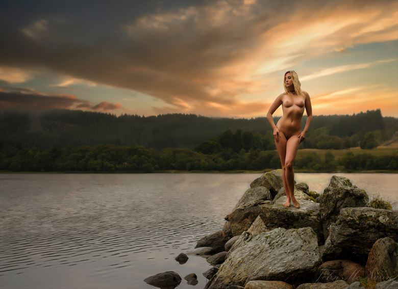 golden ruthven artistic nude photo by photographer john mcnairn