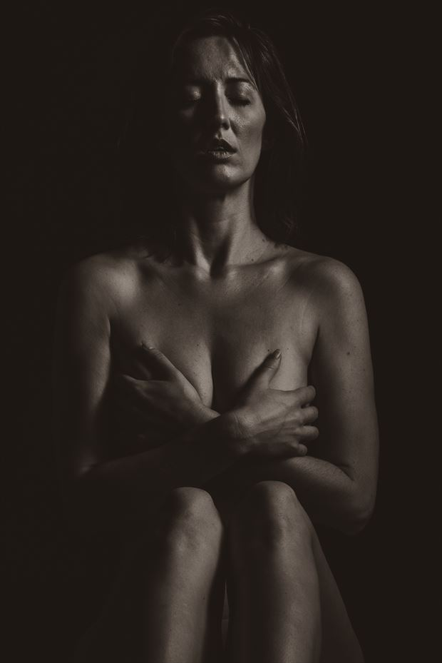 gwen held artistic nude photo by photographer 2photographics