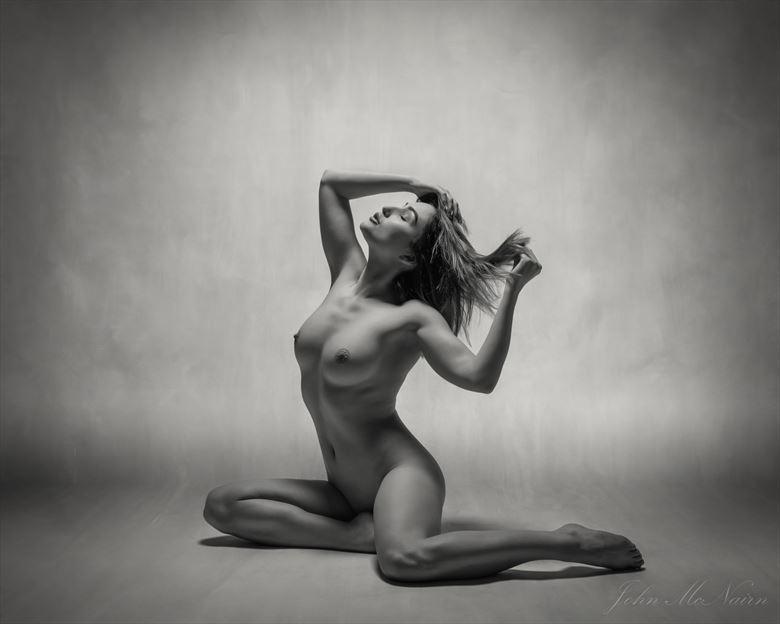 hair pull artistic nude photo by photographer rascallyfox