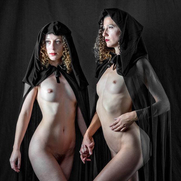 hand in hand artistic nude photo by photographer gpstack