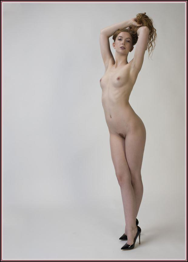 handfull of hair artistic nude photo by photographer tommy 2 s