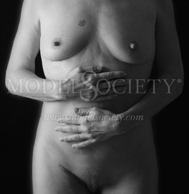 hands on artistic nude photo by photographer studiovi2