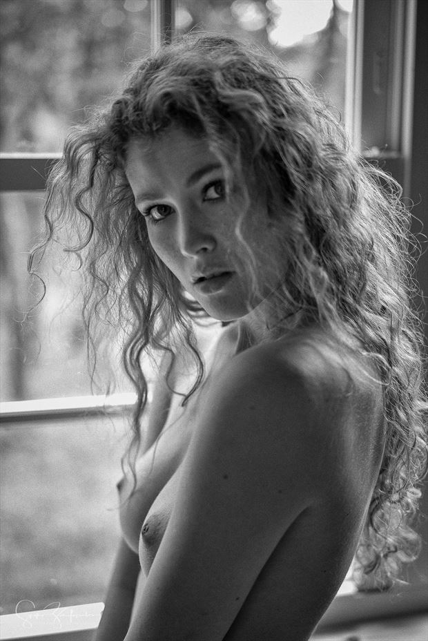 heidi artistic nude photo by photographer spyro zarifopoulos