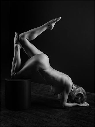 helen 2 artistic nude photo by photographer dave belsham
