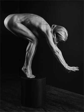 helen 4 artistic nude photo by photographer dave belsham