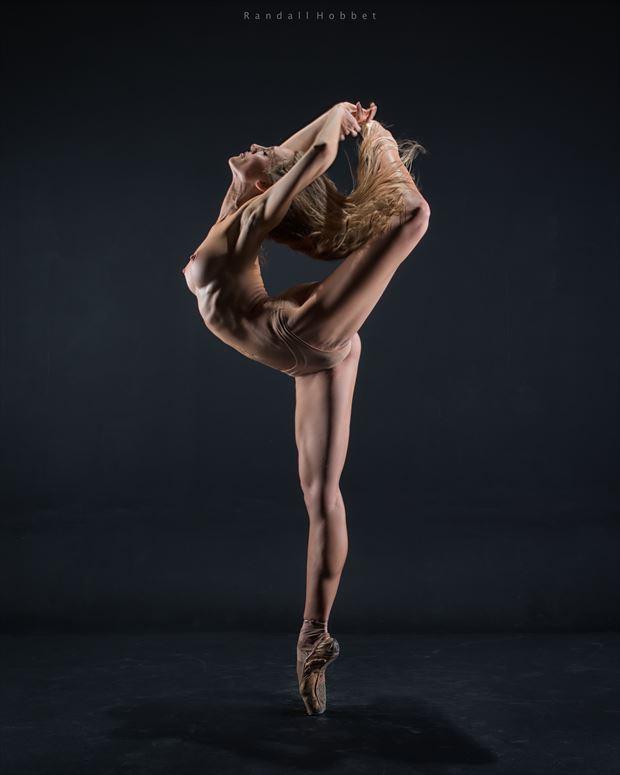 high attitude artistic nude photo by photographer randall hobbet