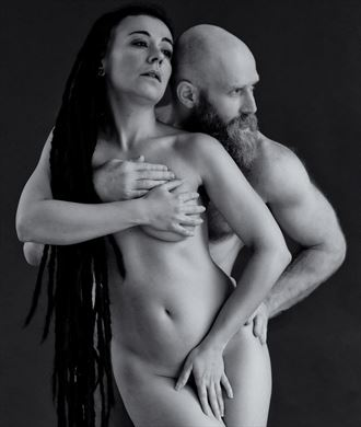 hold me more artistic nude photo by photographer benernst