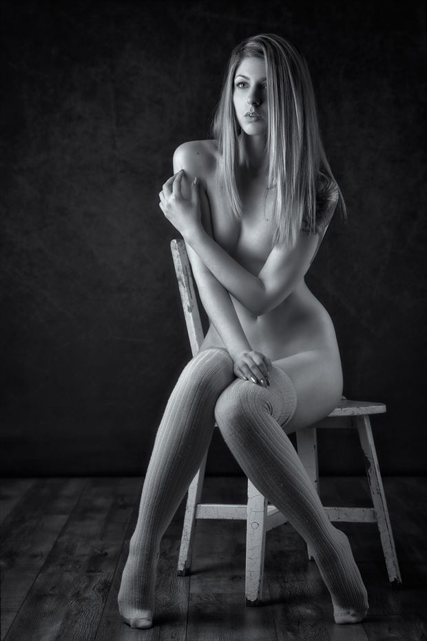 holly artistic nude photo by photographer paul misseghers