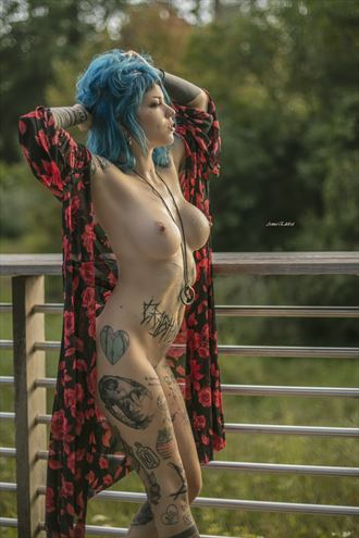 hot summer time artistic nude photo by photographer anna edelride
