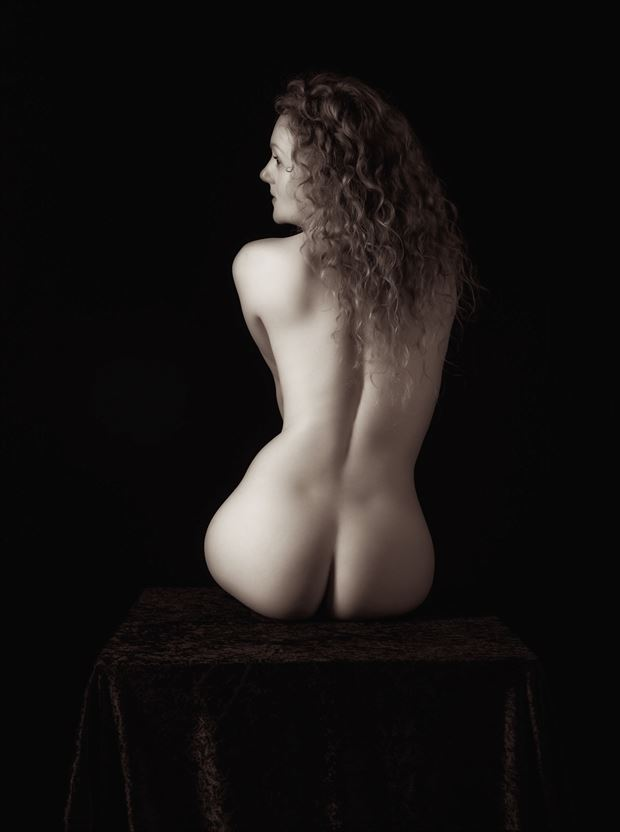 hour glass artistic nude artwork by photographer neilh